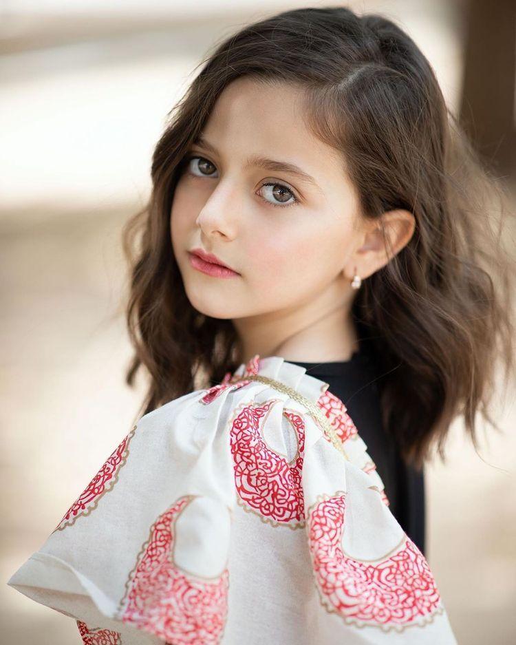 جودي عماد In 2021 Girl Photography Poses Girl Photography Girly Drawings