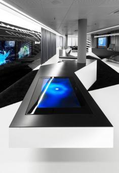 Microsoft Briefing Center: HI-MACS® used in interactive showroom.