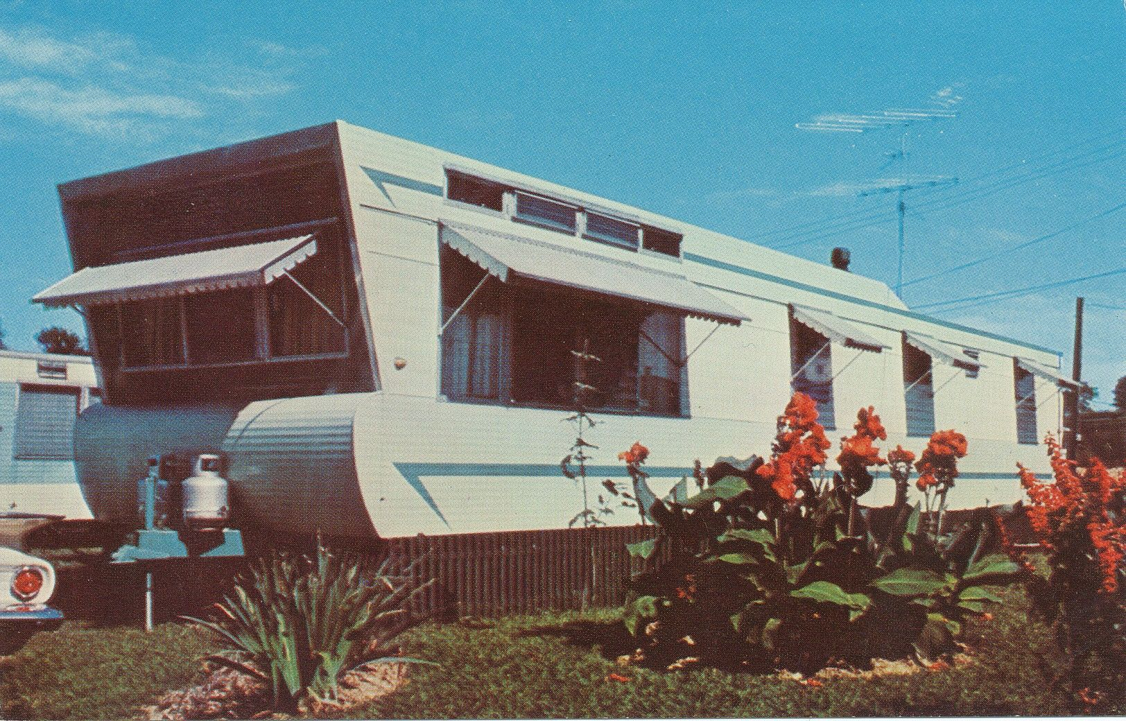 Mobile Homes For Sale Alberta >> 13 Spectacular Vintage Mobile Homes For Sale - Kelsey Bass ...