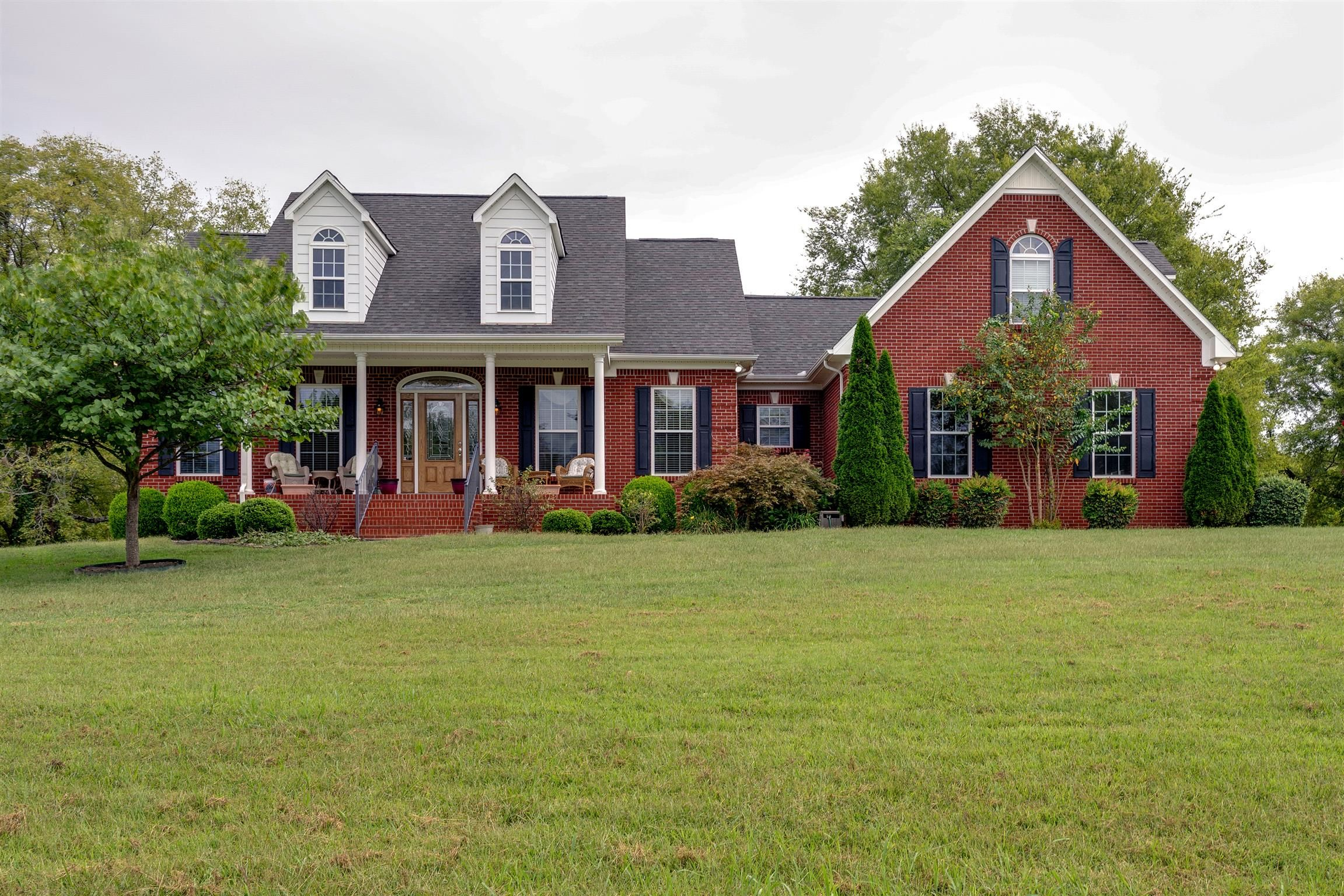 1934 howard moore ln columbia tn 38401 home for sale