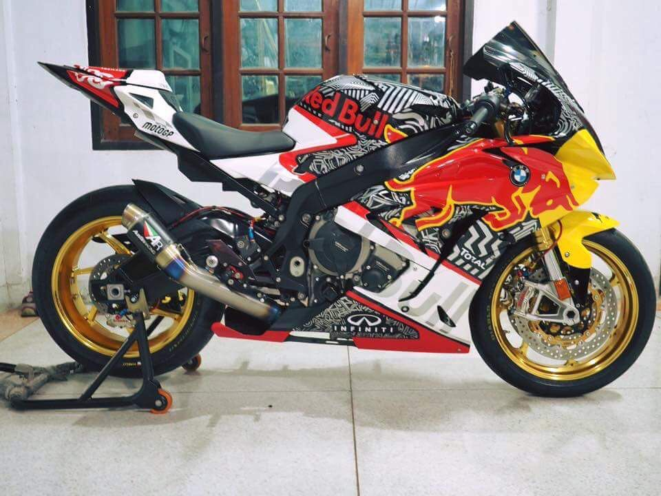 Bmw S1000rr Nothing Like A Staid Reserved German Bike Windpower