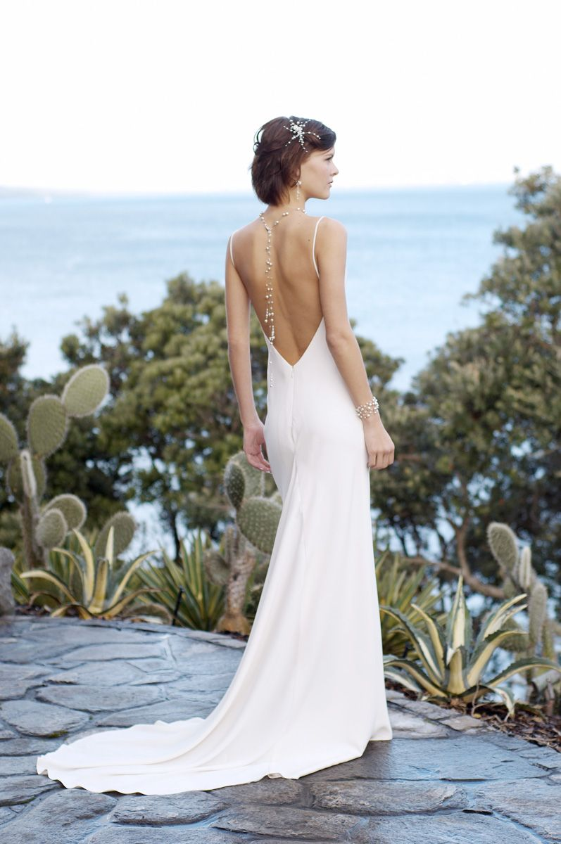 Custom wedding dress designers  La Mer  JANE YEH Design u Awardwinning Wedding Dress Designer