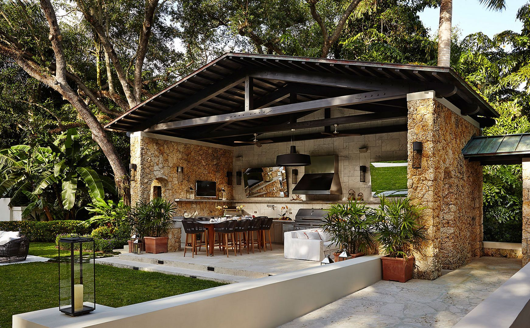 25 extraordinary outdoor kitchen design for best backyard ideas covered outdoor kitchens on outdoor kitchen and living space id=49593