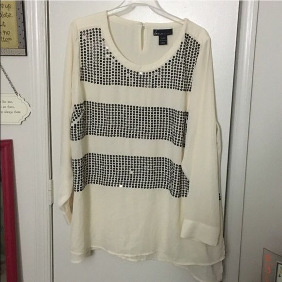 Sequence top Worn a few times. Missing one sequence besides that in perfect condition Lane Bryant Tops Blouses
