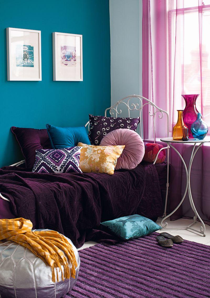 Chambre Bleu Canard Pourpre Coussins Decoratifs Pouf Marocain Argent Chambre Bleu Decoration Interieure Deco Chambre