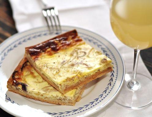Französischer Zwiebelkuchen Rezept | Zwiebelwähen- kuchen ...