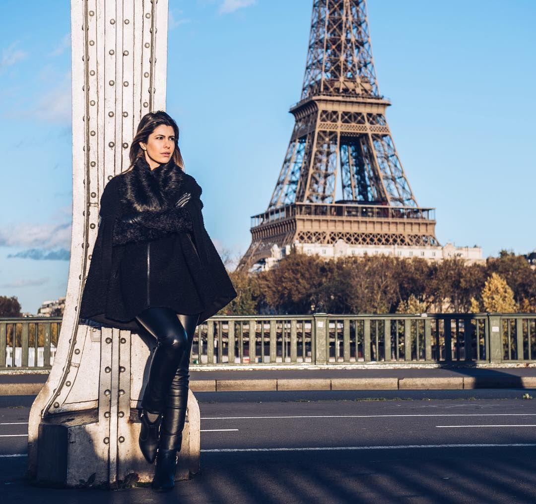 Foto linda que tirei em Paris com @tonbueno.fotografoemparis! Thanks pela foto eu amei  depois posto mais fotos para vocês verem tem cada foto linda! #eurotrip
