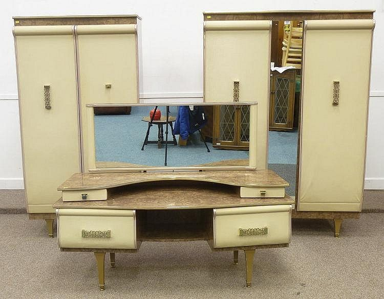 Merveilleux Vintage Furniture From The United Kingdom   Lot 486: Early 1960u0027s Vintage Stonehill  Furniture Bedroom