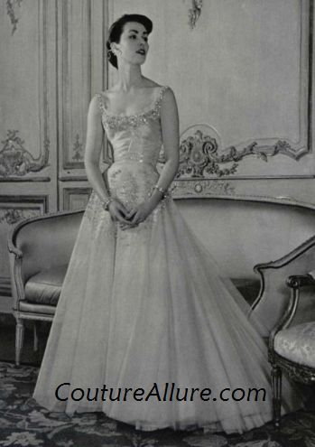 52051d5d93f Couture Allure Vintage Fashion  How to Find the Vintage 1950s Wedding Dress  of Your Dreams