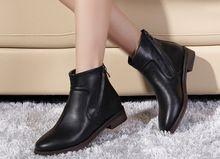 b8b25e60 2015 de primavera y otoño botas cortas moda planos femeninos planos del  talón del dedo del pie redondo botas botines martin(China (Mainland))