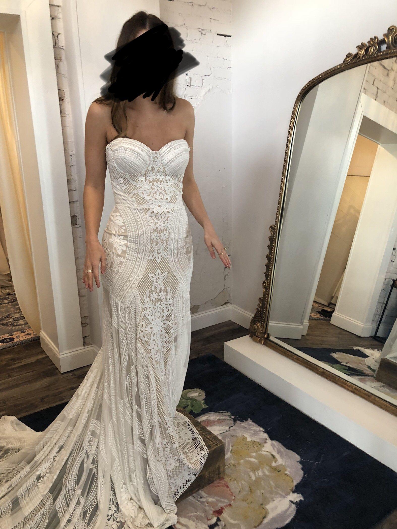 Elie Saab Satis 4 500 Size 8 Used Wedding Dresses Ruffle Wedding Dress Spagetti Strap Wedding Dress Wedding Dresses