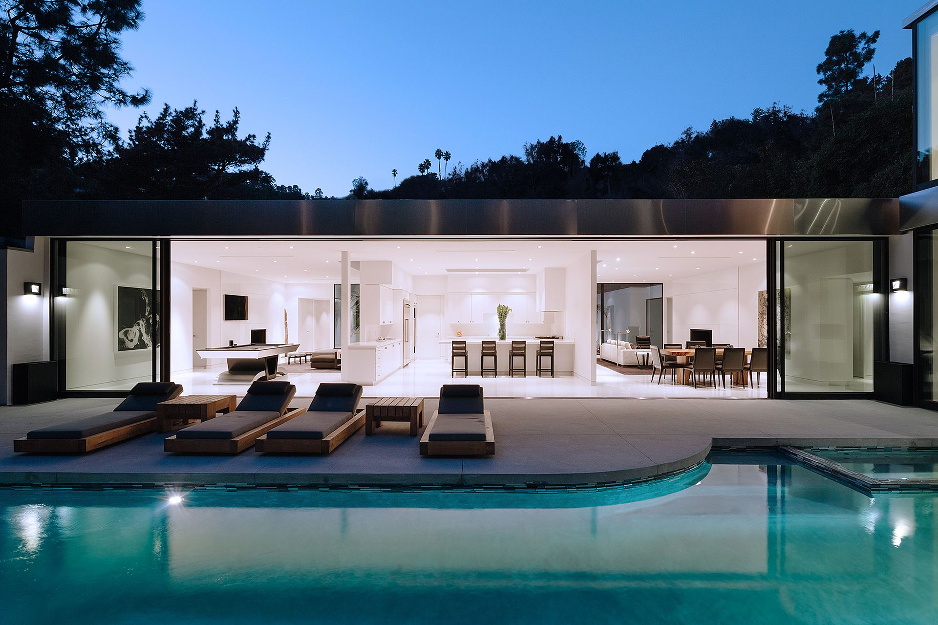 La Mia Casa Group indoor + outdoor living space // belzberg architects group