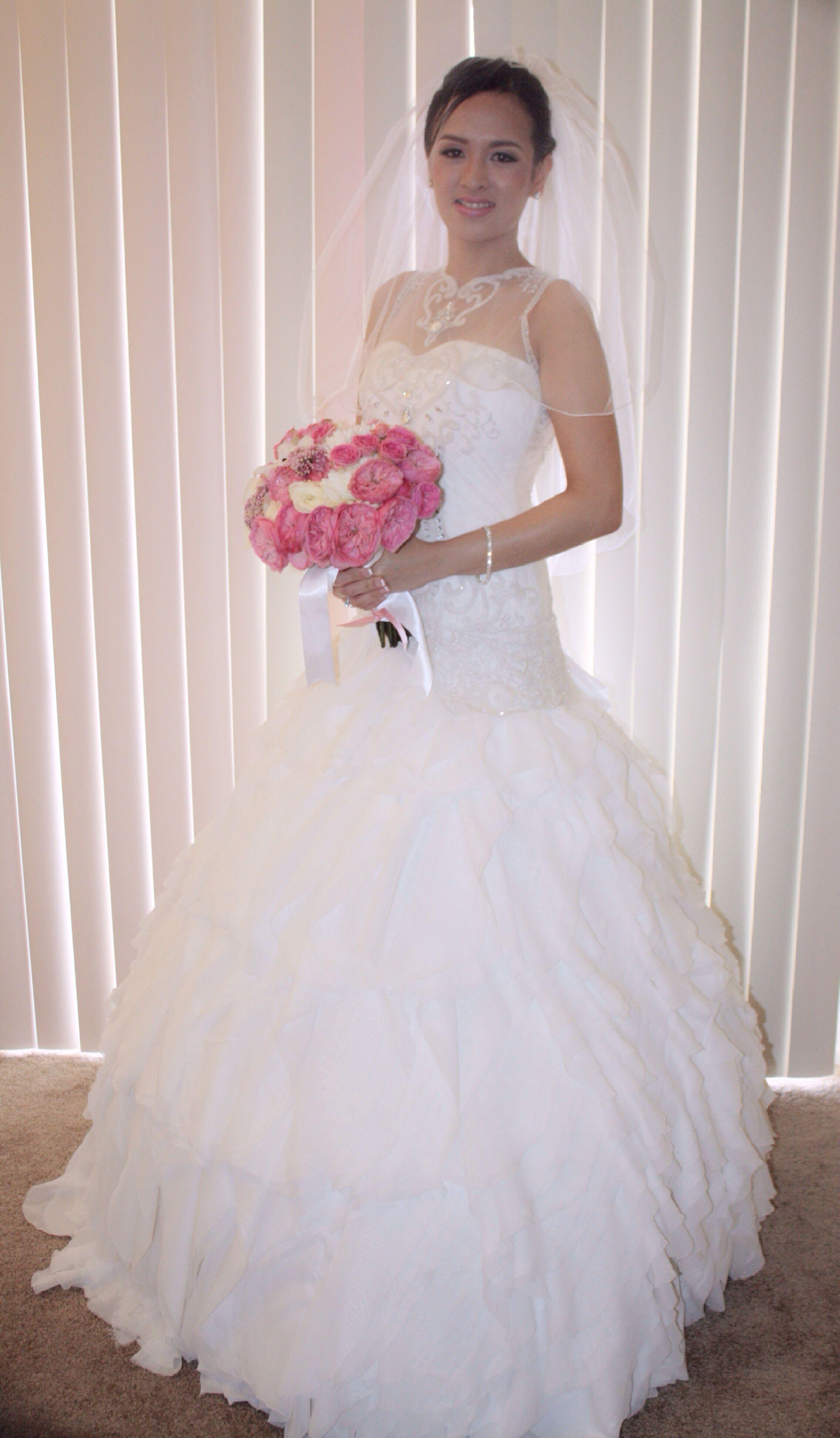 Wedding dress customized by kat padilla atelier see her in facebook wedding dress customized by kat padilla atelier see her in facebook junglespirit Images
