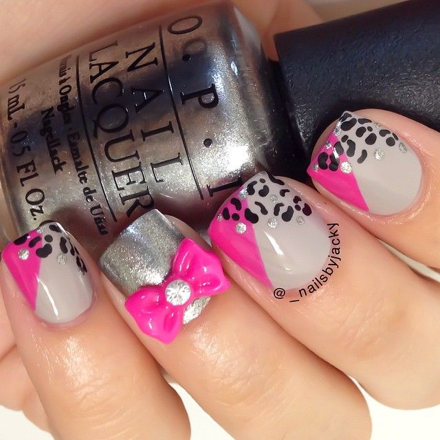 This beautiful manicure was inspired by @kt_tk1 LOVE how they came out  as mos