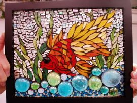 Broken Glass Mosaic | ... mosaics using scrap glass, nuggets, glass tiles, broken china, glue