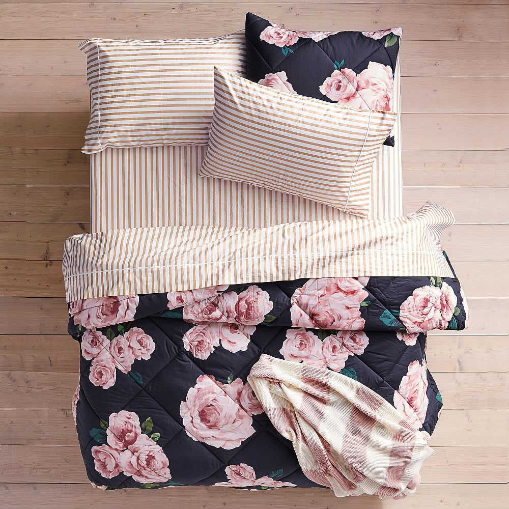 The Emily & Meritt Bed Of Roses Duvet Cover, Twin/Twin XL