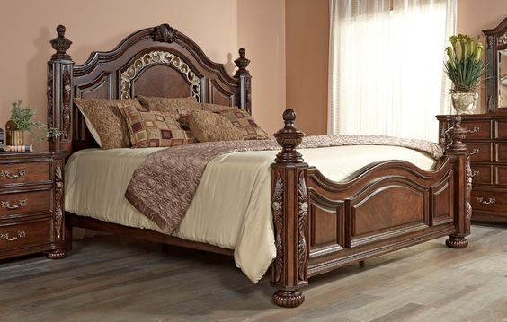 Fairfax Home Furnishings Verona King Poster Bed in Warm Cherry in - Poster Bedroom Sets