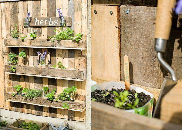DIY Pallet Wood Herb Garden Recycled Pallet Ideas Shelves Garden Fence