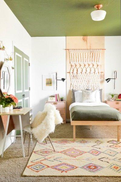 Du vert dans une chambre de fille