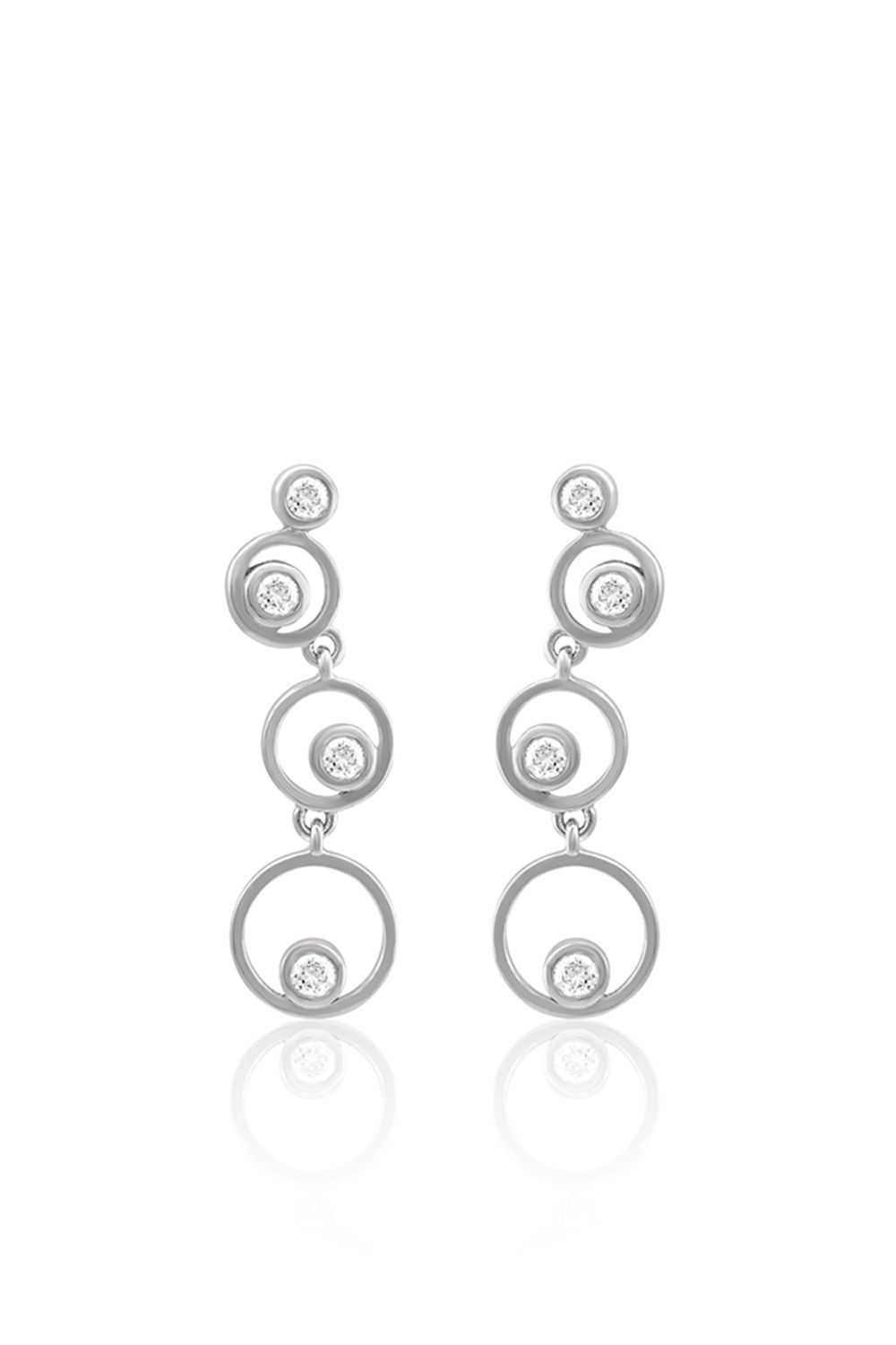 Jewelry retouching service is one kind of Photoshop art to get high-end, attractive as well as gorgeous looking ornaments or jewelry. If you are a jewelry businessman and want to boost your jewelry sell then this retouching service will be your perfect solution. #jewelryretouch #jewelry #earring #photoediting #whitegold #stone