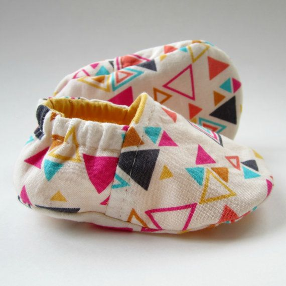 Reversible Baby Booties in White Geometric and Sunflower Yellow ...