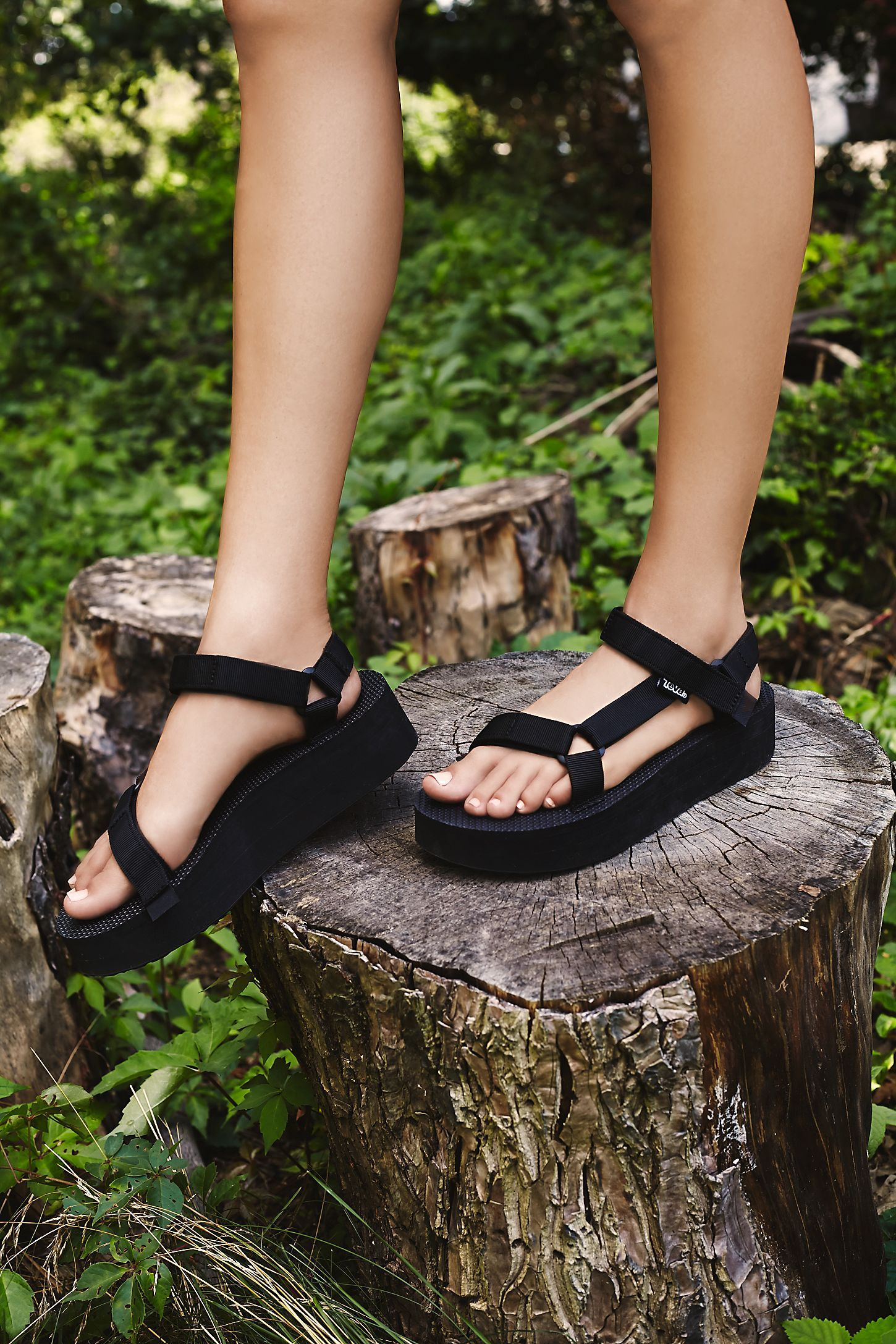Teva midform universal chunky sandals in black   ASOS