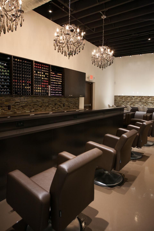 Salon Style New Yorkais syosset, new york owners: carolyn devito and marcus lemonis