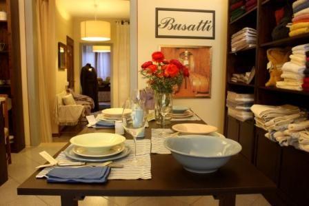 Tavolo toscano ~ Tavolo in noce massello con cassetto centrale stile luigi xvi
