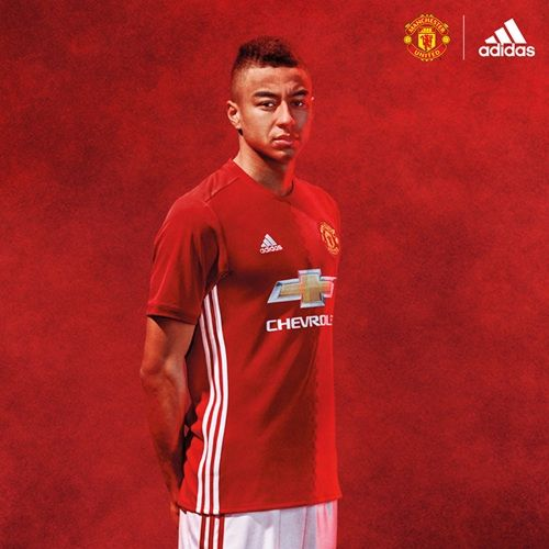 Pics Seven United Stars In The New Home Kit Manchester United Players Official Manchester United Website Manchester United