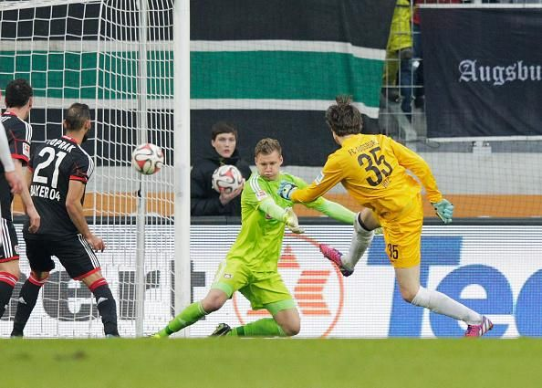 Marwin Hitz Augbsburg S Goalkeeper Turned Out To Be Decisive For His Team In The Game Against Bayer Leverkusen The Torhuter Michael Ballack Bayer Leverkusen