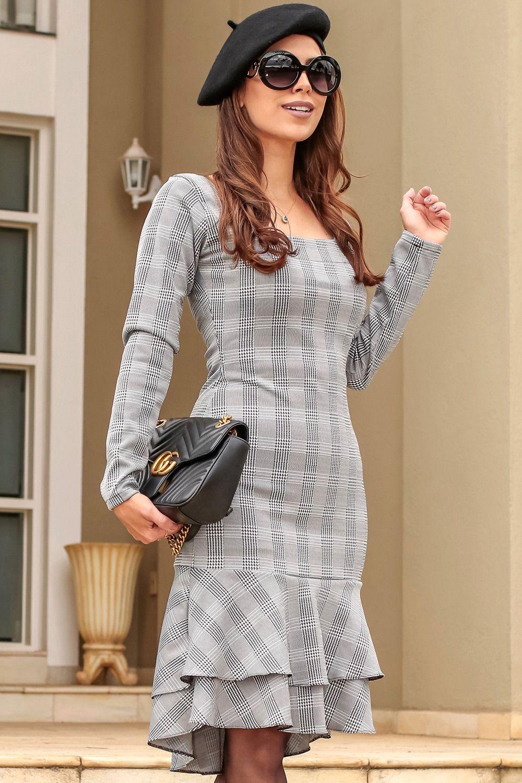 5e53b6a7266b Vestido Quézia Gisele Santana - Vestido da marca Gisele Santana  confeccionado no tecido Jacquard com estampa