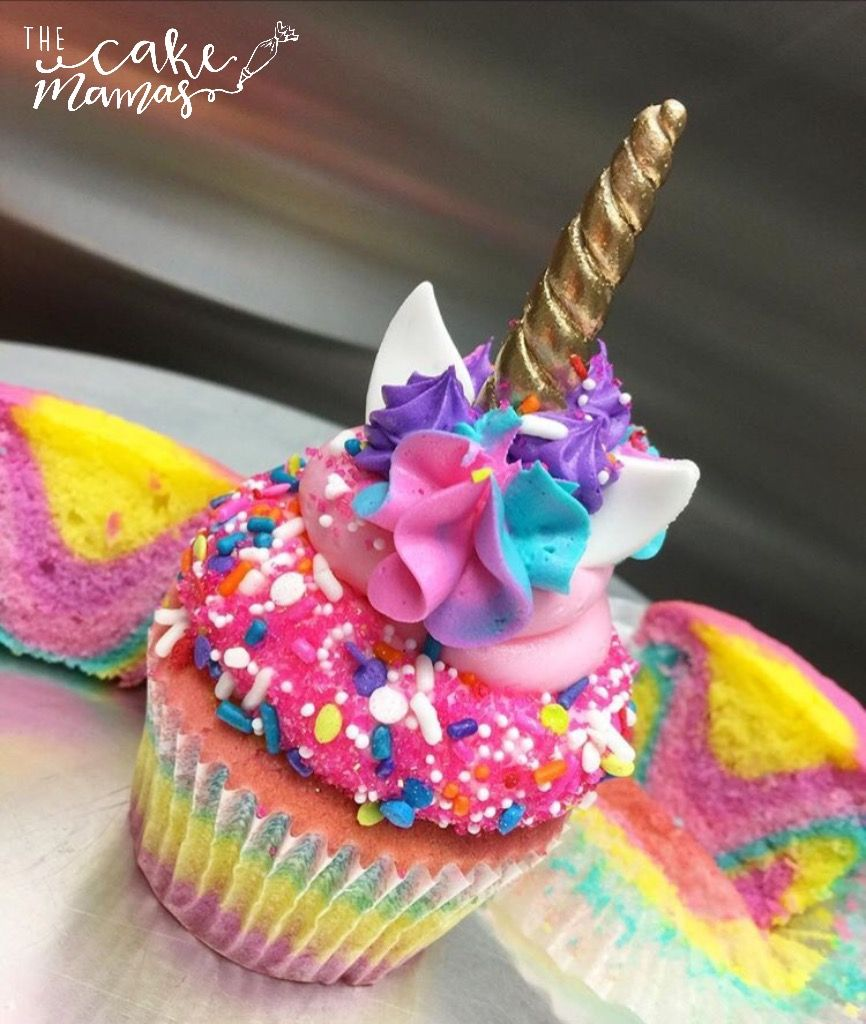 #unicorn #rainbow #cupcakes