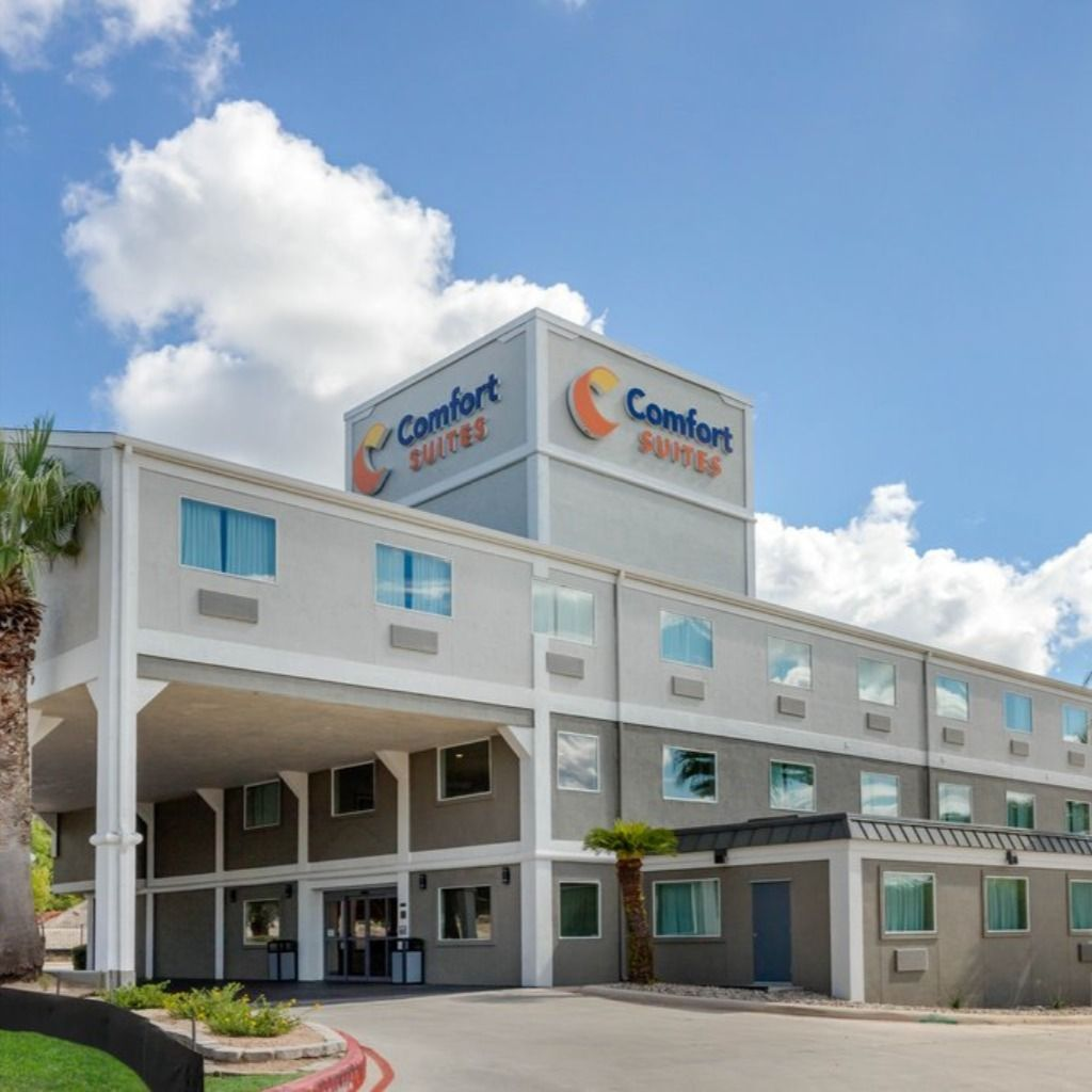 Plan Your Vacation At Comfort Suites Airport North In San Antonio