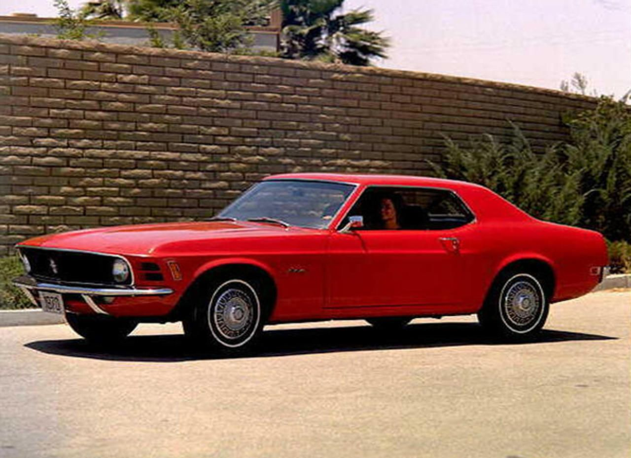 15 cars that impacted America - Photo 17 - Pictures - CBS News