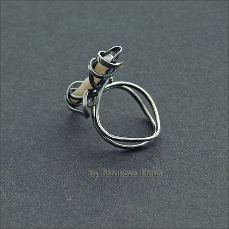 Strukova Elena - copyrights jewelry - ring with baroque pearl