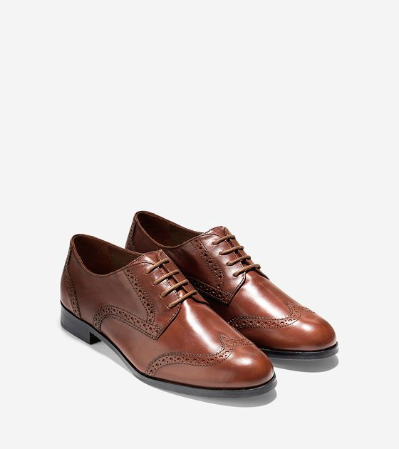 Love a good flat oxford! I'd wear these with trousers, pencil skirts,  dresses.