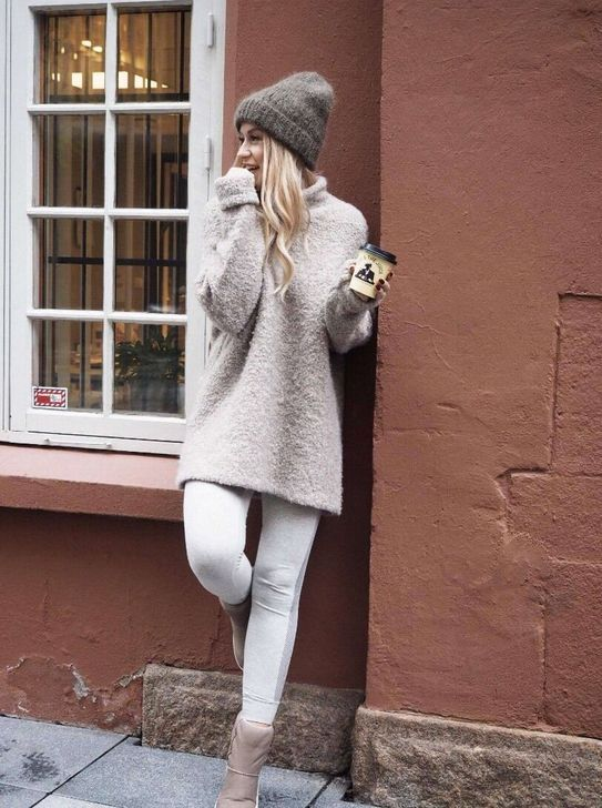 680378e9a98 99 Wonderful Winter Outfits Ideas With White Leggings