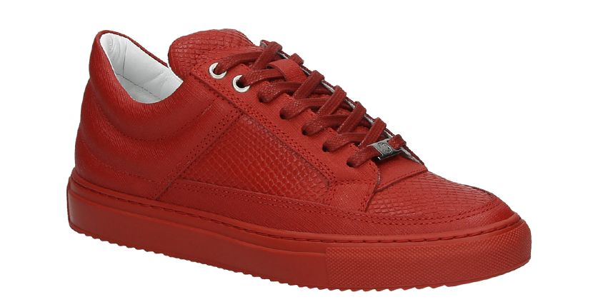 6113e4c18b6 Red alert: rode sneakertrend | Look-and-feel mensen op beurzen ...