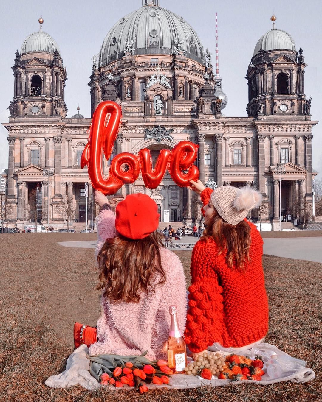 Nastasia On Instagram Happy St Valentines Day I Am Already At Home In Berlin But Tomorrow Munich Is Already W Bff Photoshoot Friend Photoshoot Bff Pictures