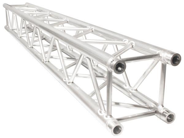 El paquete incluyen estructras de aluminio de 12 pulgadas con 2.90 m de largo, así como placas de base, esquineros y conectores cónicos.