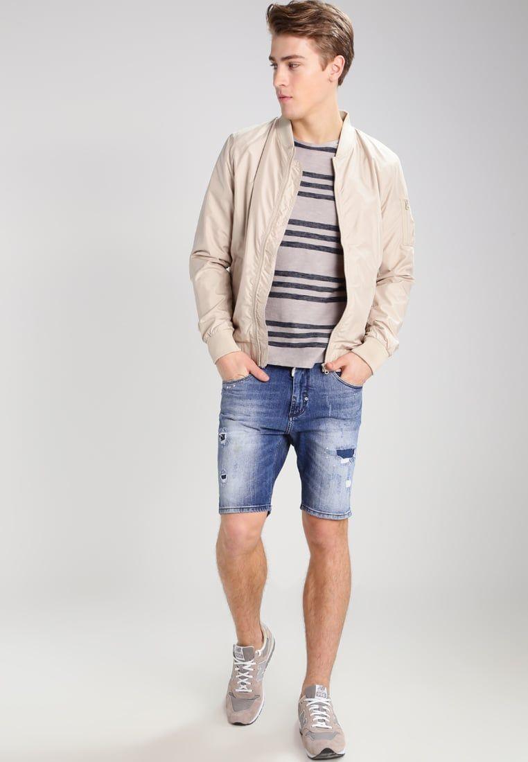 Consigue Este Tipo De Pantalon Corto Vaquero De Antony Morato Ahora Haz Clic Para Ver Pantalones Cortos Vaqueros Pantalones Cortos Hombre Tipo De Pantalones