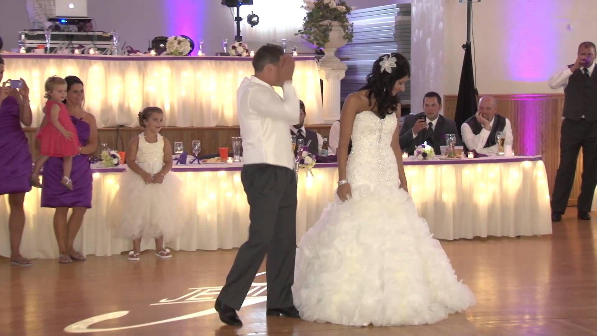 Jenna And Nicks Surprise First Dance