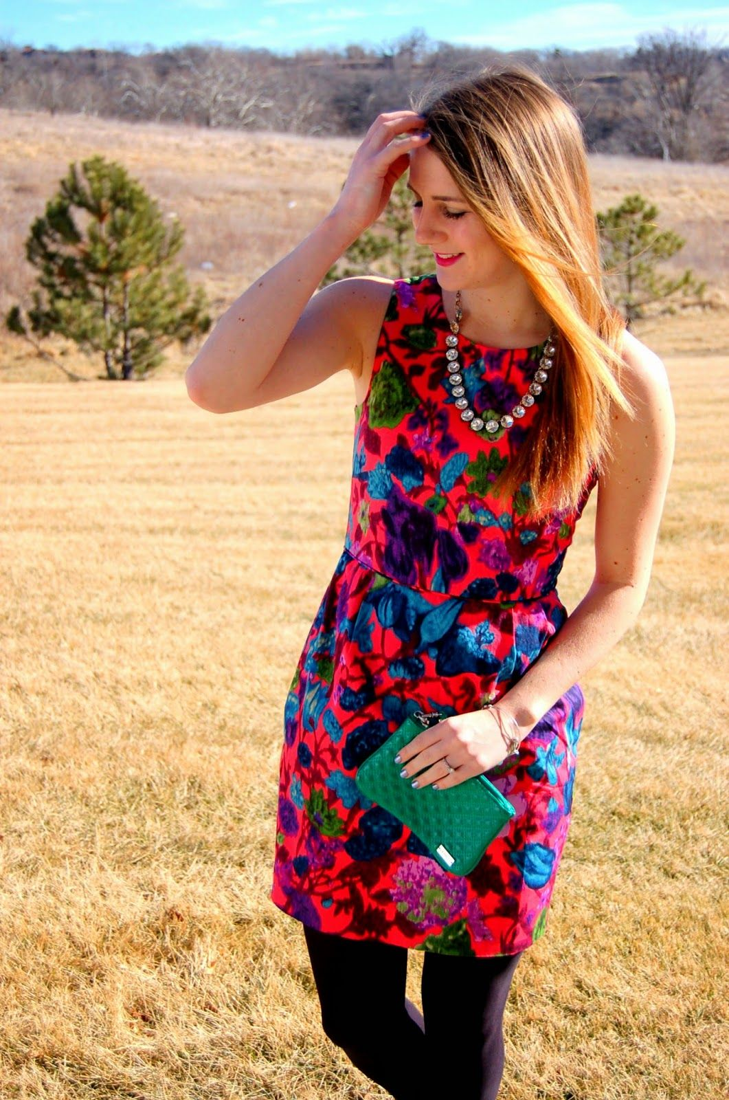 A Memory Of Us: neon, neon   A Kansas City Fashion Blog