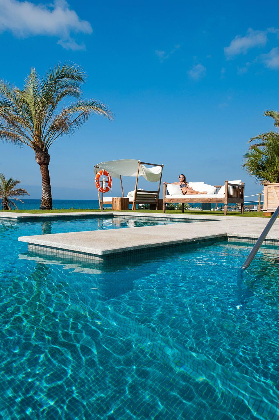 Hotel interior designs at beach club estrella del mar - Estrella del mar beach club ...