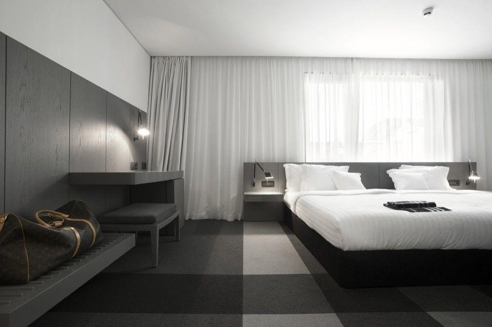White Bedroom Modern Hotel Design Graffit With Black N
