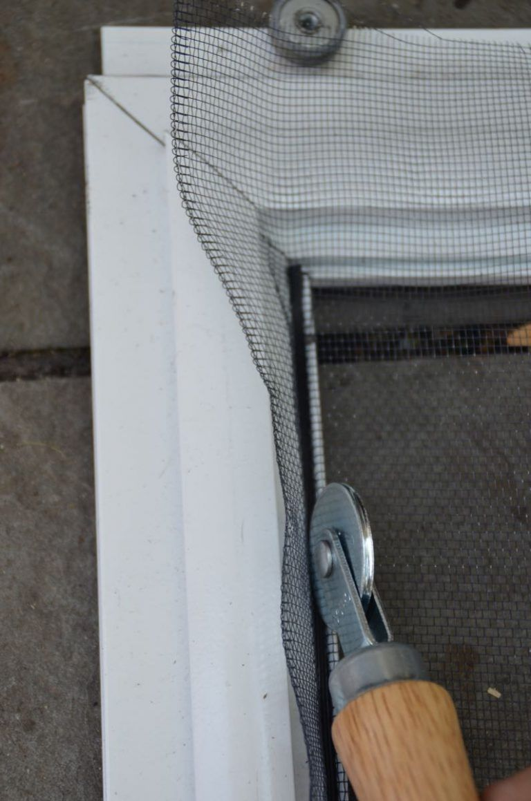 How to replace the screen in a screen door or window with