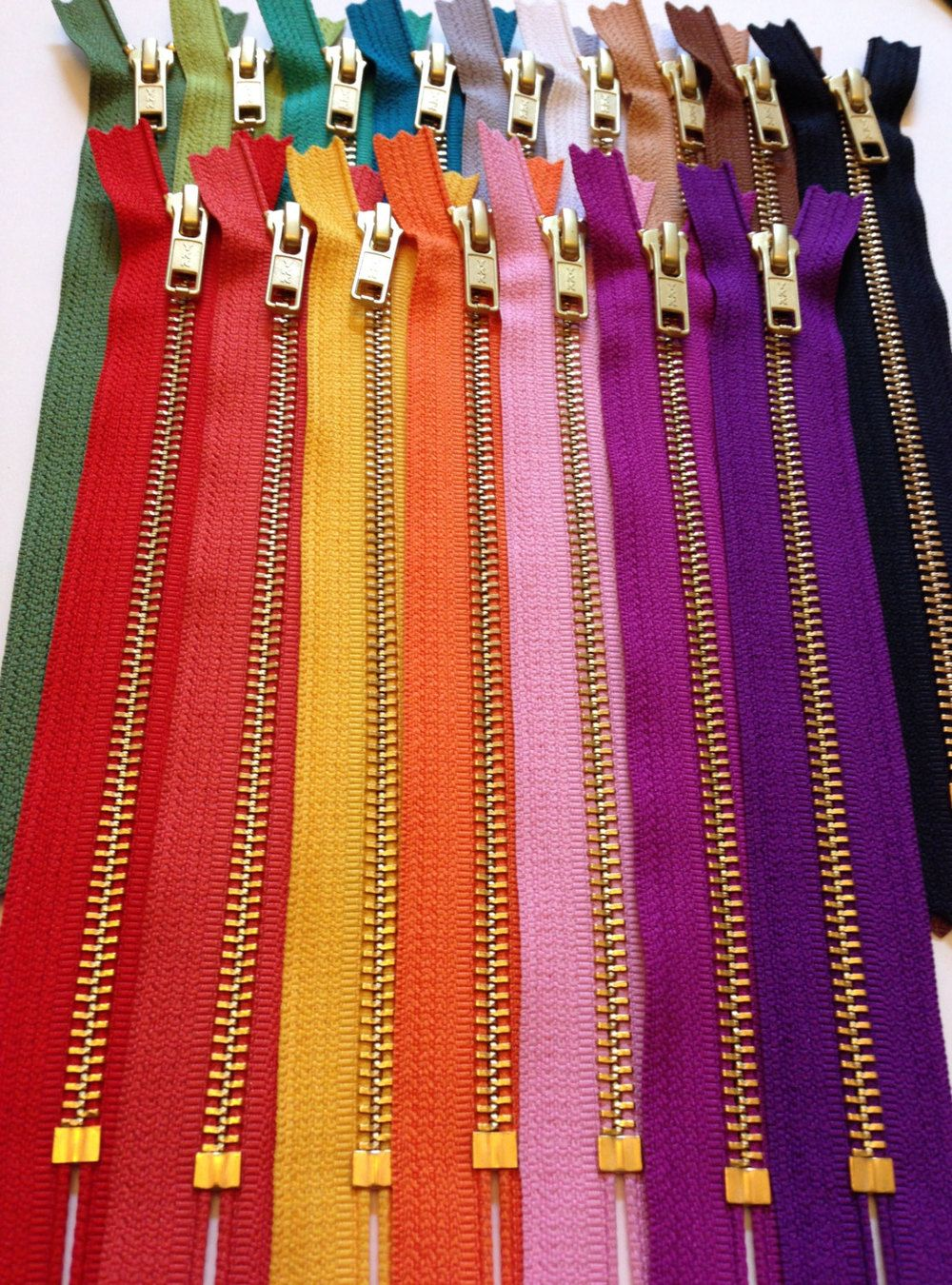 Big Teeth Zipper Pick Your Size /&Color From Navy blue or Light Pink SEPARATING