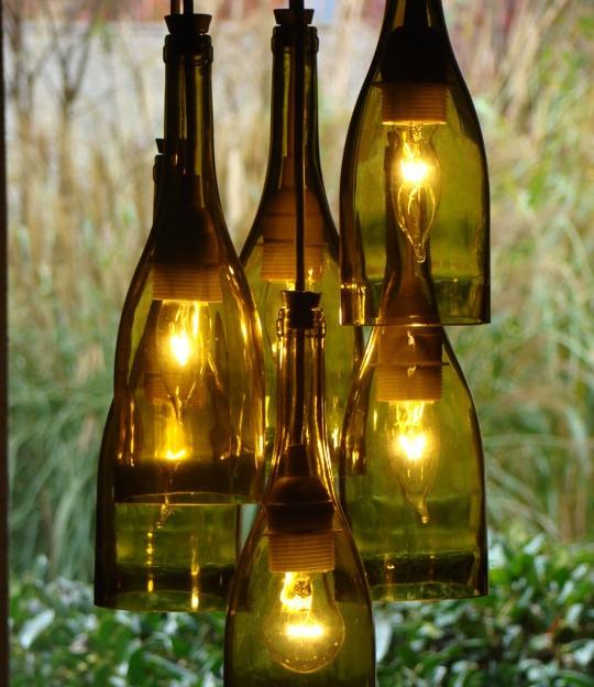 Una forma sencilla de hacer lamparas caseras con una botella de