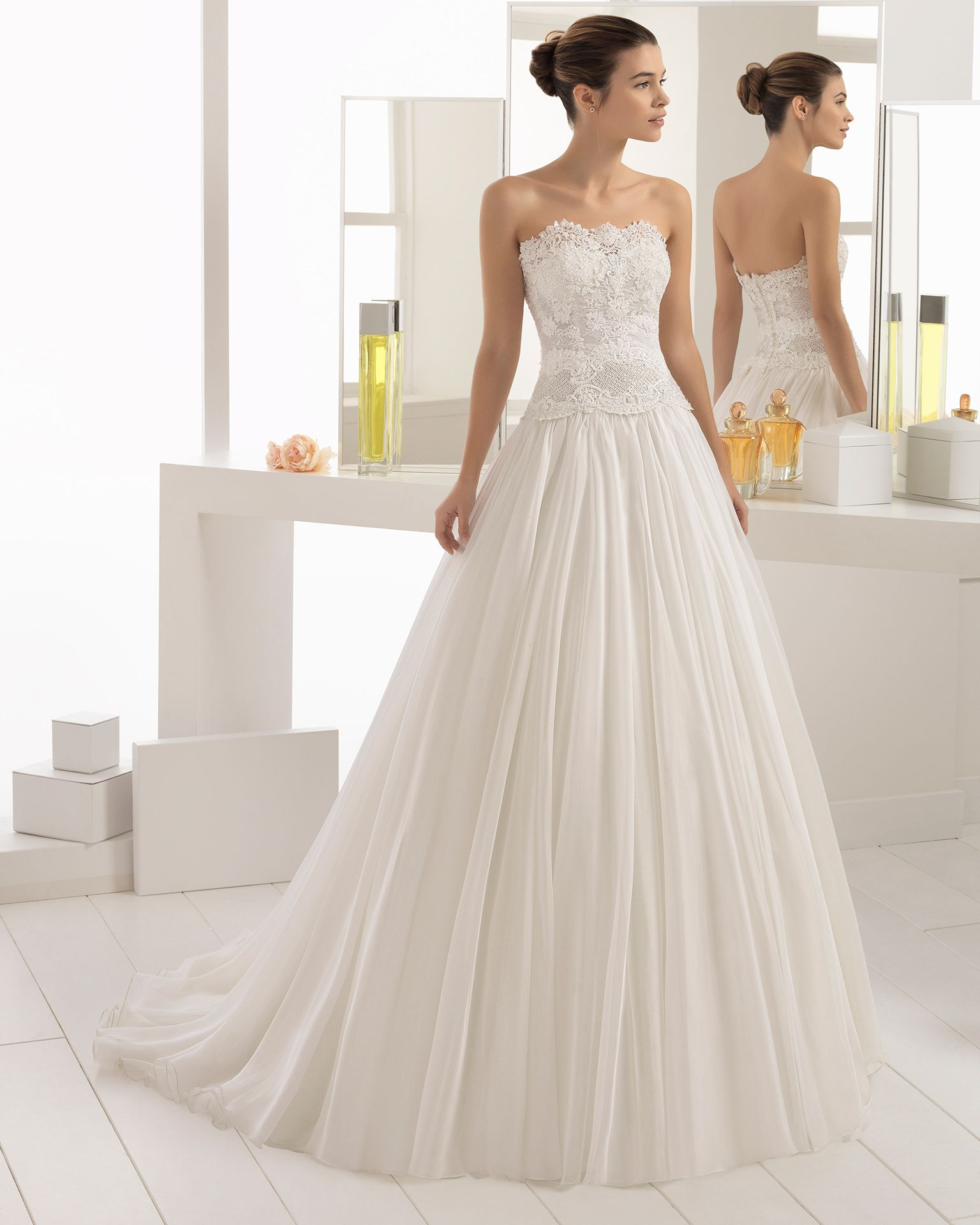 AIRE BARCELONA 2018 Style 2C185 BETH Romantic wedding dress with an ...