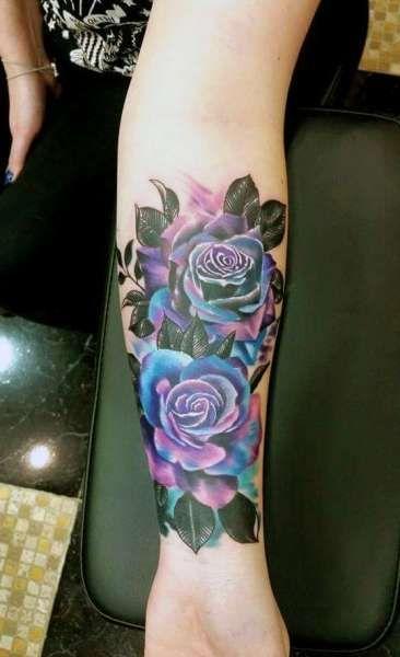 Tatuaże Damskie Róże Na Ręce Tattoos Tatuaże Róże I Tatuaż